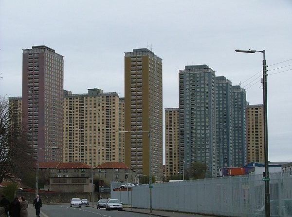 Red_Road_flats_1.jpg