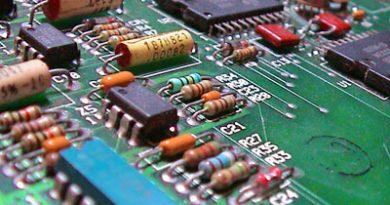 Electronic_circuit.jpg