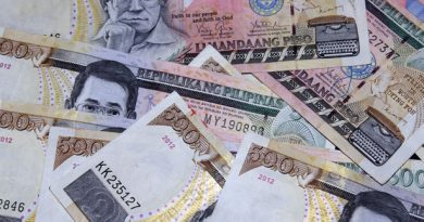 peso-bills-background.jpg